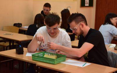 Wykład i warsztaty chemiczne